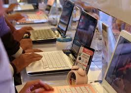 Có nên mua laptop hàng xách tay Mỹ không?